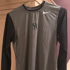 NIKE NY Yankees Dry Fit training shirt